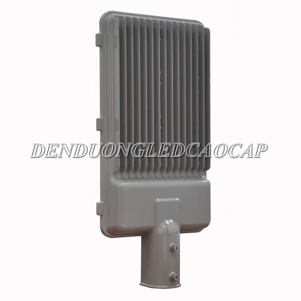 Kiểu dáng mặt sau thân đèn đường led D1-100