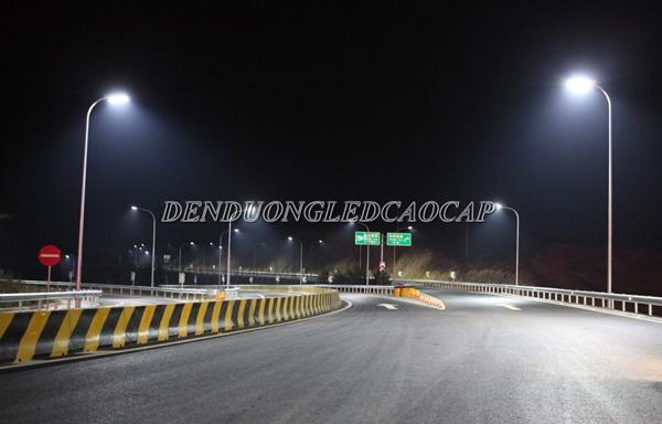 Ứng dụng chiếu sáng của đèn đường led D8-100