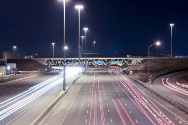 Ứng dụng đèn đường LED D4-200