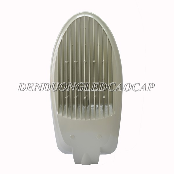 Mặt sau đèn đường LED D6-150