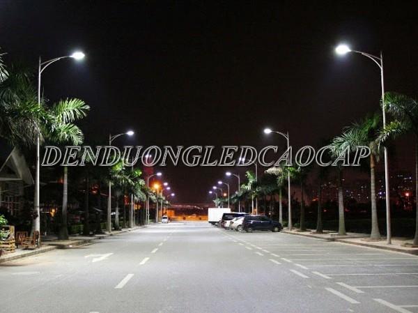 Đèn đường LED D14-120 chiếu sáng đường cao tốc