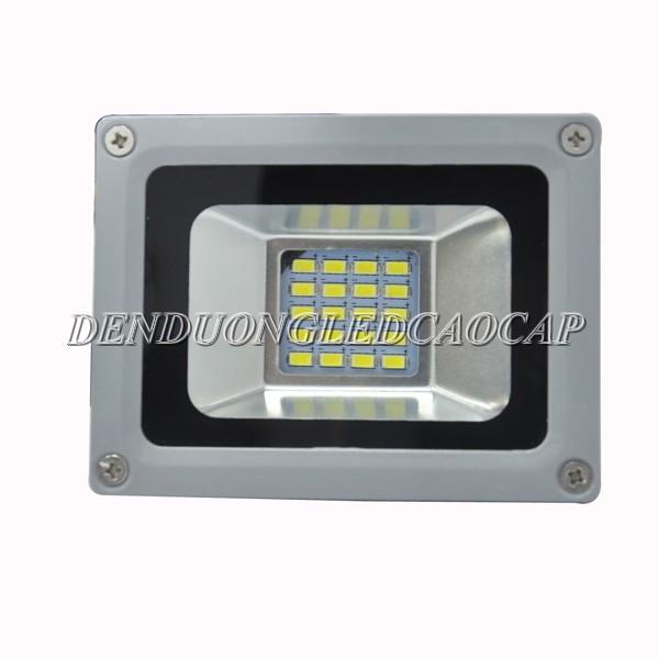 Sử dụng đèn LED chiếu đường 10w cho ánh sáng chất lượng cao