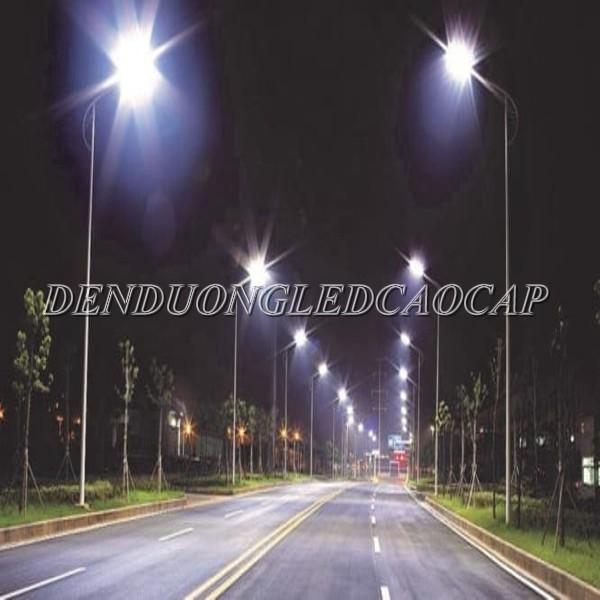 Đèn đường LED D17-50 chiếu sáng đường đi KCN