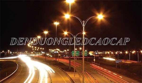 Đèn đường LED D3-200 chiếu sáng đường cao tốc