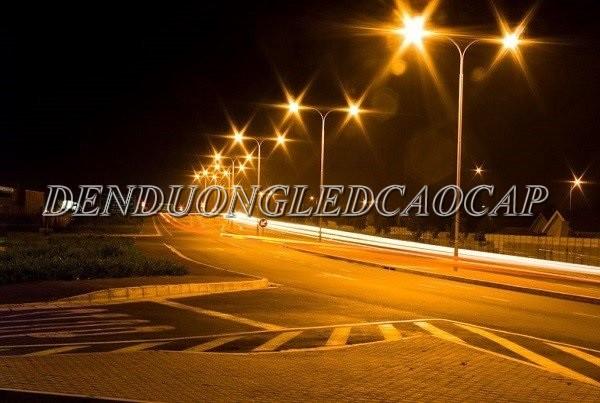 Đèn đường LED D17-150 chiếu sáng đường phố