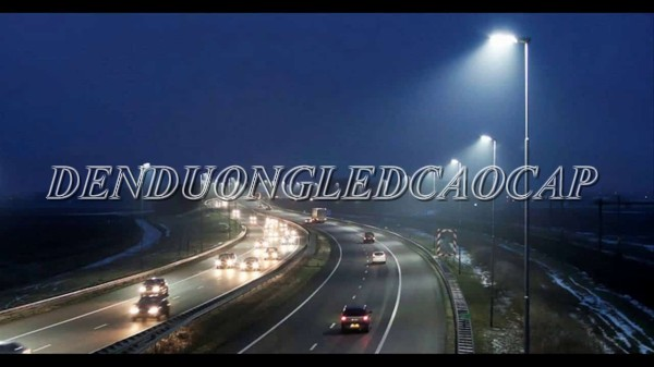 Đèn đường LED D23-200 chiếu sáng đường cao tốc
