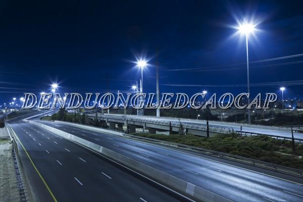 Đèn đường LED D24-300 chiếu sáng đường cao tốc