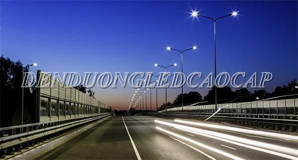 Đèn đường LED D30-200 chiếu sáng đường cao tốc