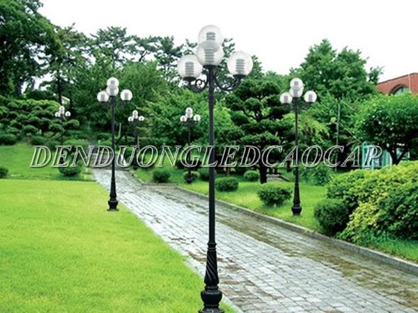 Cột đèn Banian thiết kế phần thân trụ cứng cáp